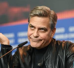 Voilà la tête de George Clooney quand il entend l'une des déclarations ubuesques de Donald Trump.