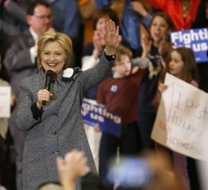 Dans la course aux présidentielles, Hillary Clinton peut compter sur le soutien de George et d'Amal Clooney.