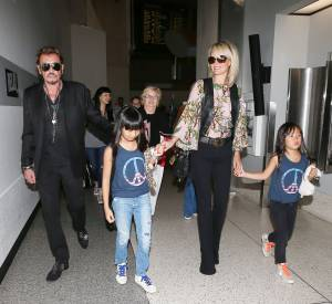 Johnny Hallyday, sa femme Laeticia et leurs filles, Jade et Joy.