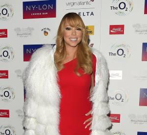 Mariah Carey : diva sexy et étourdissante dans sa robe rouge passion...