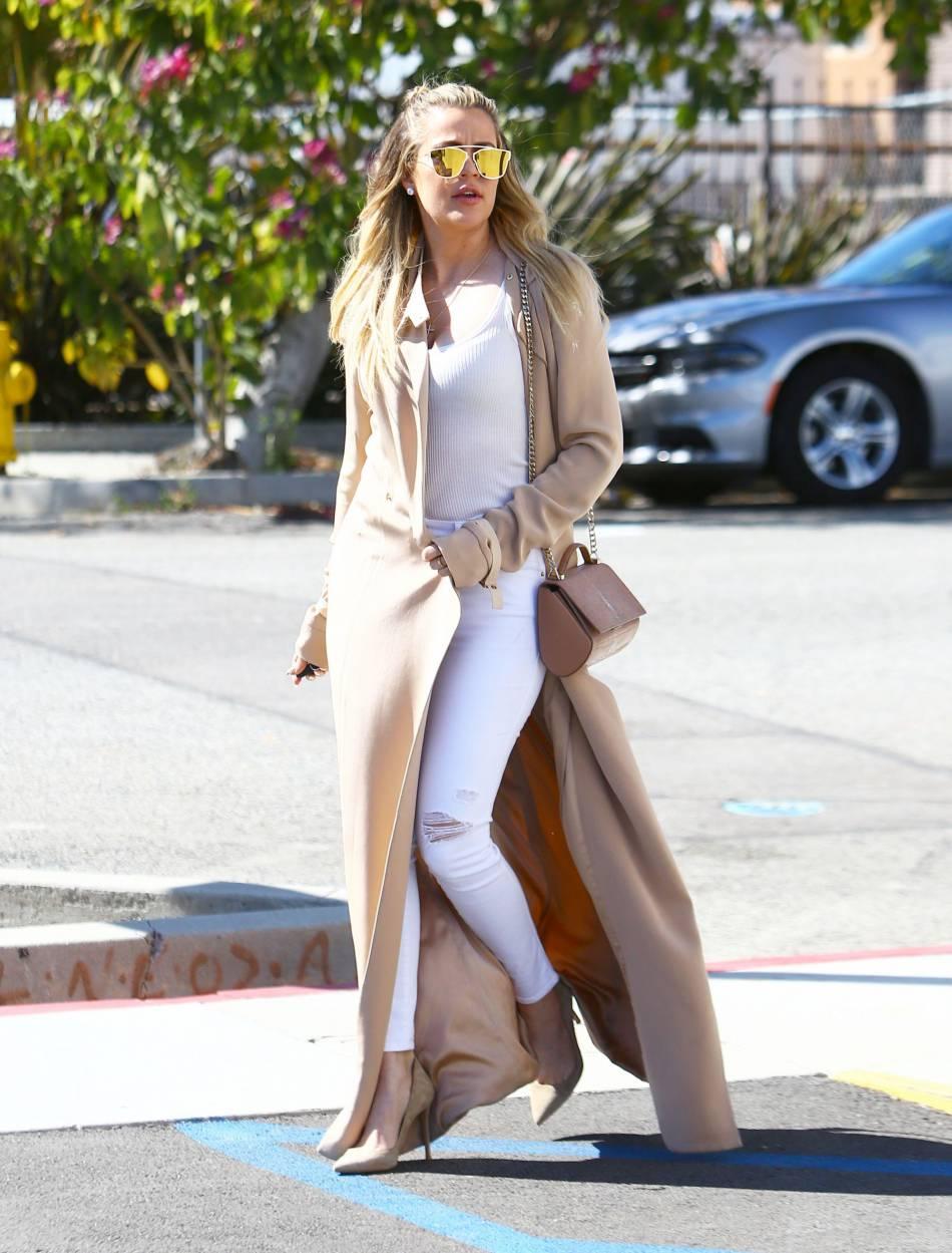 Khloe Kardashian poste un nouveau cliché sur Instagram et affole la Toile.