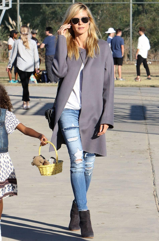 Maman de quatre enfants, Heidi Klum continue poser devant l'objectif.