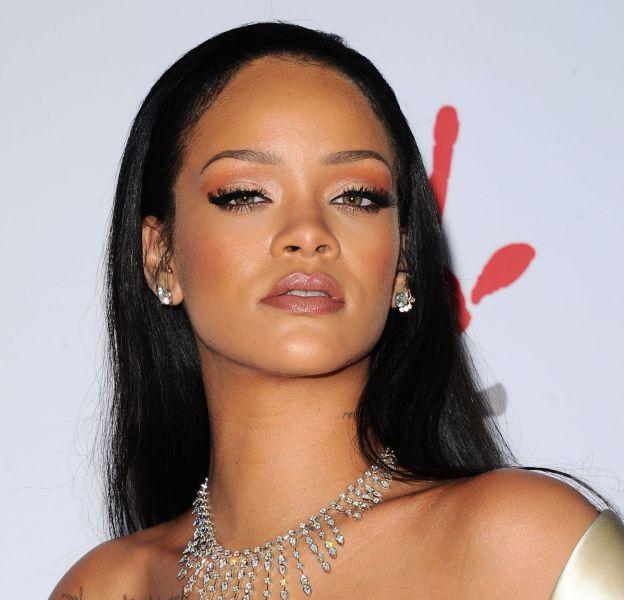 Rihanna, encore nue dans son nouveau clip.