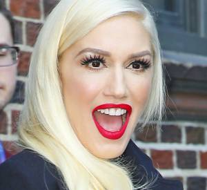 """Gwen Stefani à la sortie du """"Late Show"""" à New-York le 1er avril 2016."""