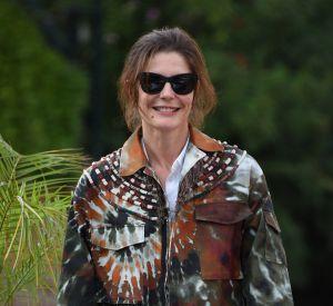 Simple mais chic sur le tapis rouge, Chiara Mastroianni a attiré tous les regards.