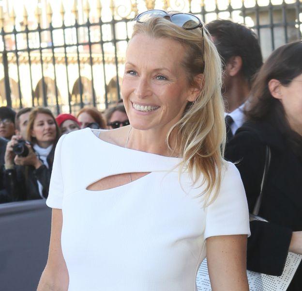 Estelle Lefébure, une quinqua toujours aussi sexy.