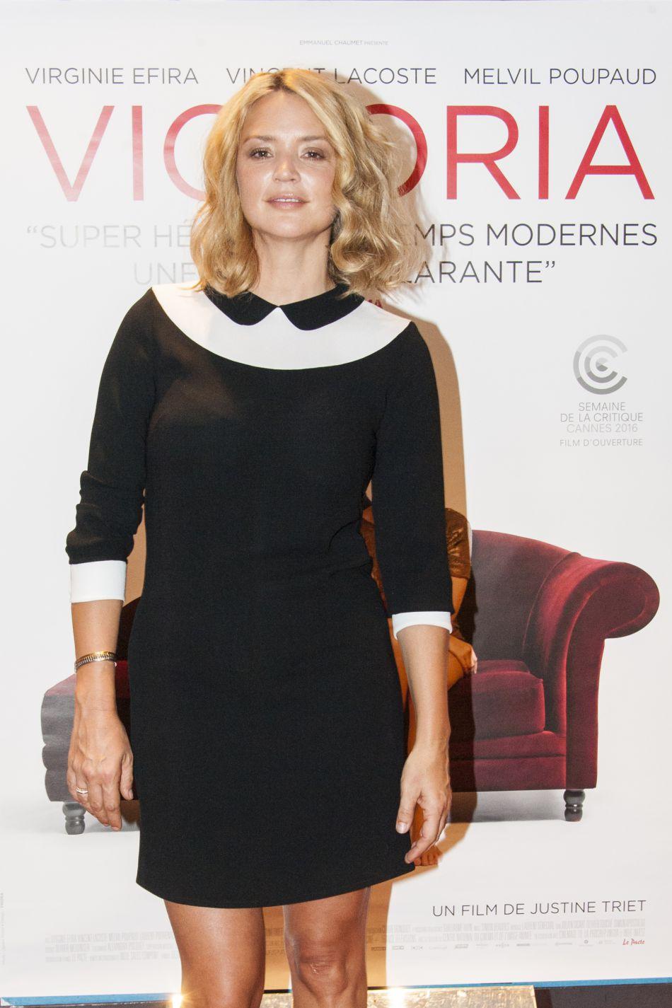 Virginie Efira s'impose peu à peu comme une véritable reine du style.