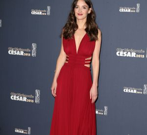 L'actrice Charlotte Le Bon illumine le tapis rouge !
