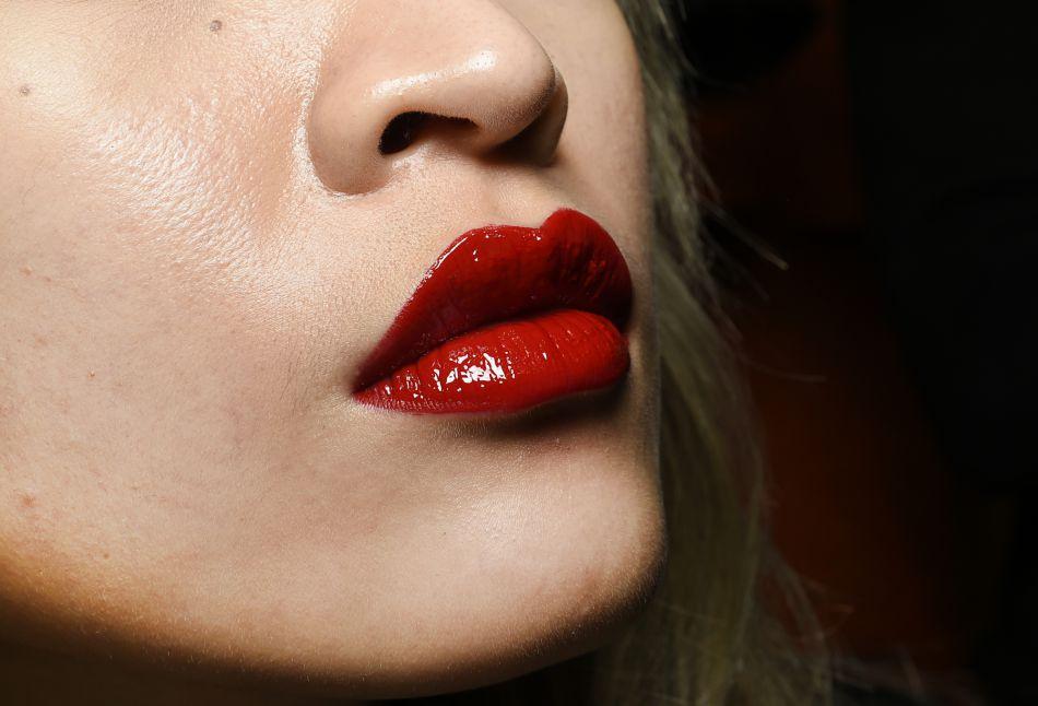 Rouge à lèvres : bien le choisir en fonction de sa couleur de peau.