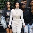 Transparence et cuissarde, les nouveaux mantras mode de Kim.