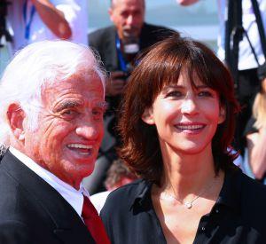 Sophie Marceau et Jean-Paul Belmondo : un duo complice sur le red carpet de la Mostra de Venise.