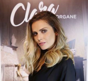 Clara Morgane : sexy dans son lit en soutien-gorge