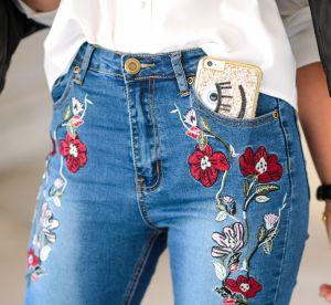 Shopping : Fleurs, strass, clous... le jean brodé a la cote