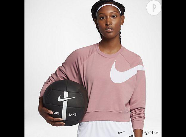 """Du rose partout la collection """"Chrome blush"""" de Nike."""