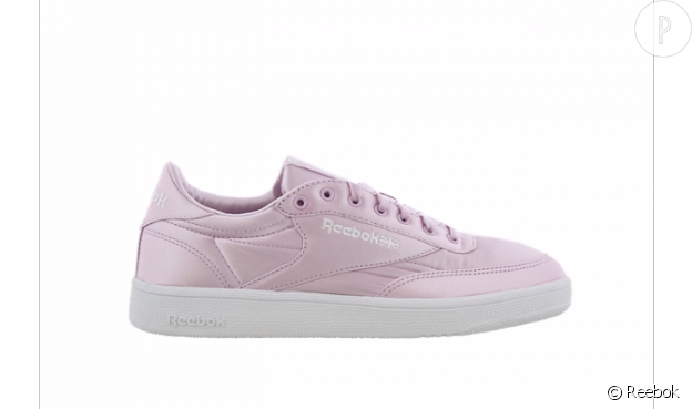 Reebok en satin, 89,99€ chez Footlocker