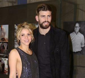 Shakira semble se rajeunir en arborant une chevelure rousse.