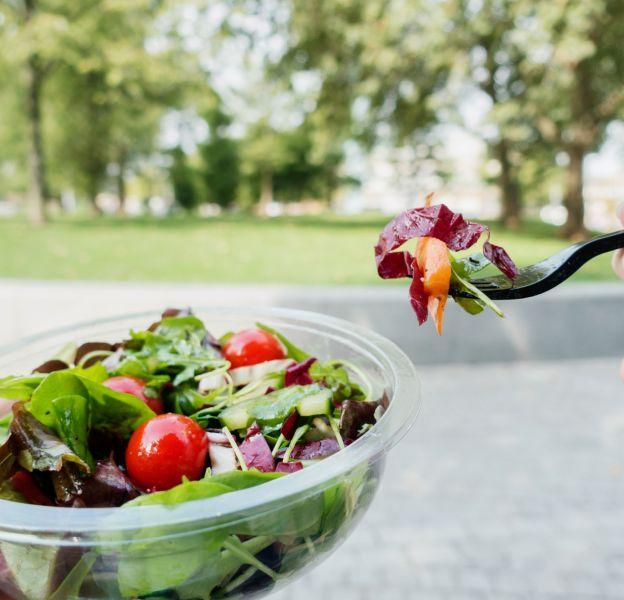 Manger des salades, est-ce vraiment sain ?