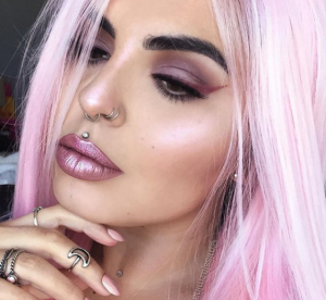 Cette make up artist affole Instagram avec ses bouches incroyables