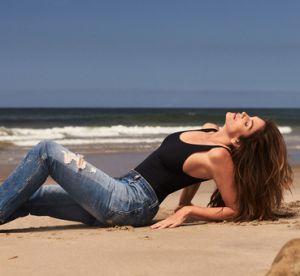 Cindy Crawford lance sa collection capsule de jeans !