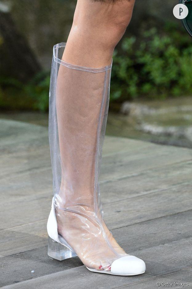 Les bottes transparentes. Chanel
