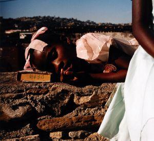 """""""Et Dieu créa la femme"""", quand Guerlain expose en partenariat avec la FIAC"""