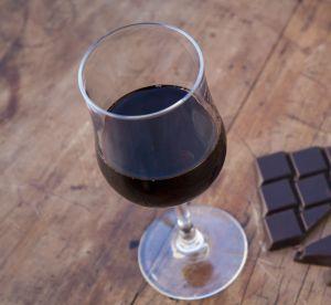 Et si le secret contre le vieillissement était le chocolat et le vin ?