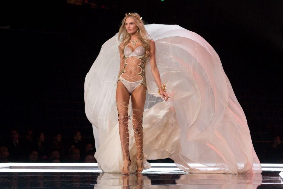 Chaine Du Victoria Secret S Fashion Show