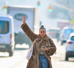 Sarah Jessica Parker : un look Carrie Bradshaw dans les rues de New York