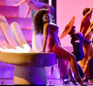 Rihanna : devinez combien de cristaux recouvraient sa robe des Grammys