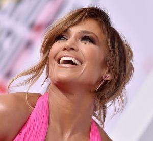Jennifer Lopez tente de lancer la tendance du pantalon-string...