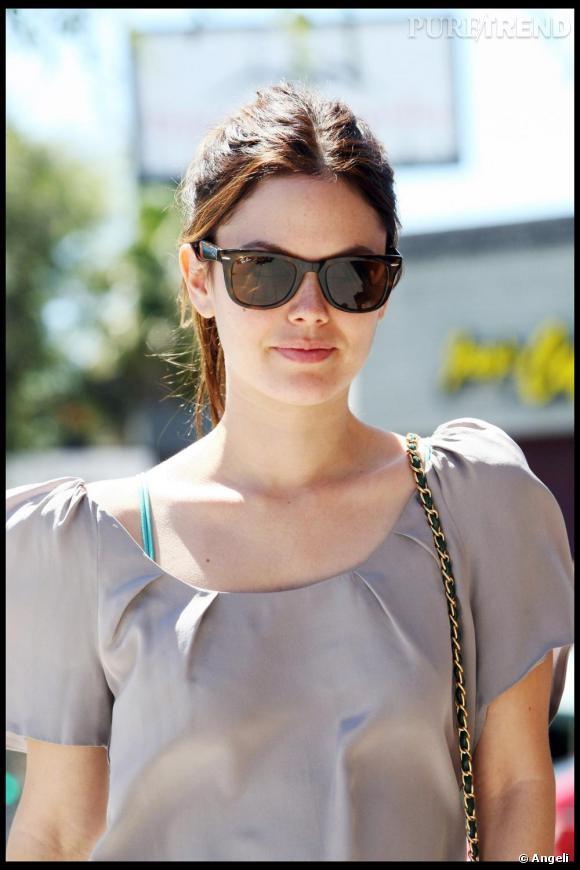 Rachel Bilson dans les rues de Los Angeles