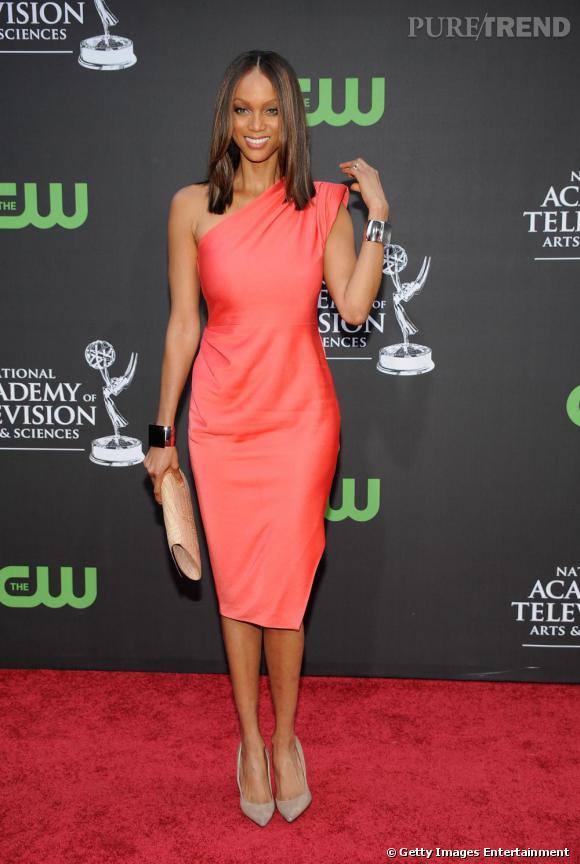 Tyra Banks e robe Rachel Roy aux Daytime Emmy Awards