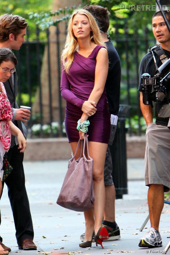 La série Gossip Girl est la série la plus fashion du moment et tous les plus grands créateurs ont vu leurs créations défiler sur l'une des actrices. Alexander Wang a été le coup de coeur de Blake Lively, qui a choisi l'une des robes de sa collection.