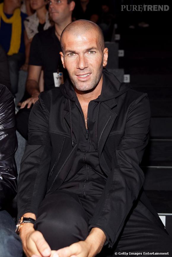 Zinedine Zidane s'offre une retraite de fashionistas. le numéro 10 a été le fashion évènement du défilé Y3.