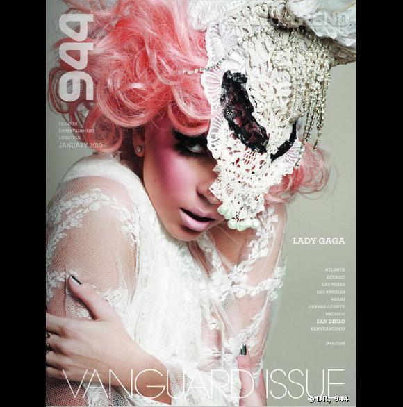 Lady en couverture du numéro de Janvier du magazine 944
