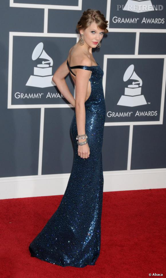 Taylor Swift, sublime sur le red carpet des Grammy Awards