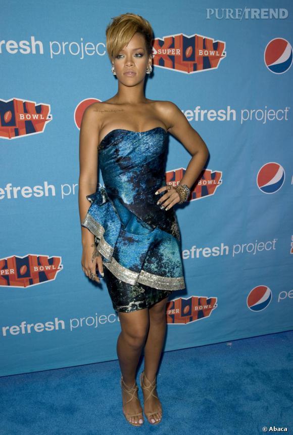 Rihanna dans sa robe Christian Siriano