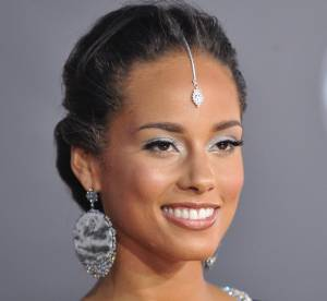 Alicia Keys, Naomi Campbell, Alyssa Milano : elles osent le make-up façon Bollywood !