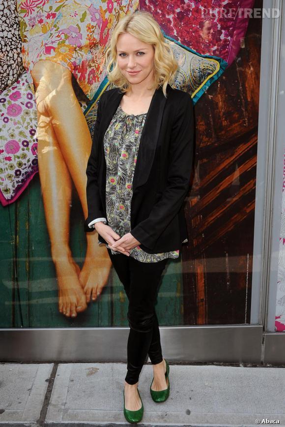 Naomi Watts à Londres devant le Target pop Store