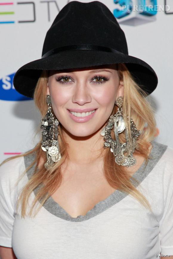 Hilary Duff à la soirée de lancement du téléphone Samsung 3D LED TV à Los Angeles