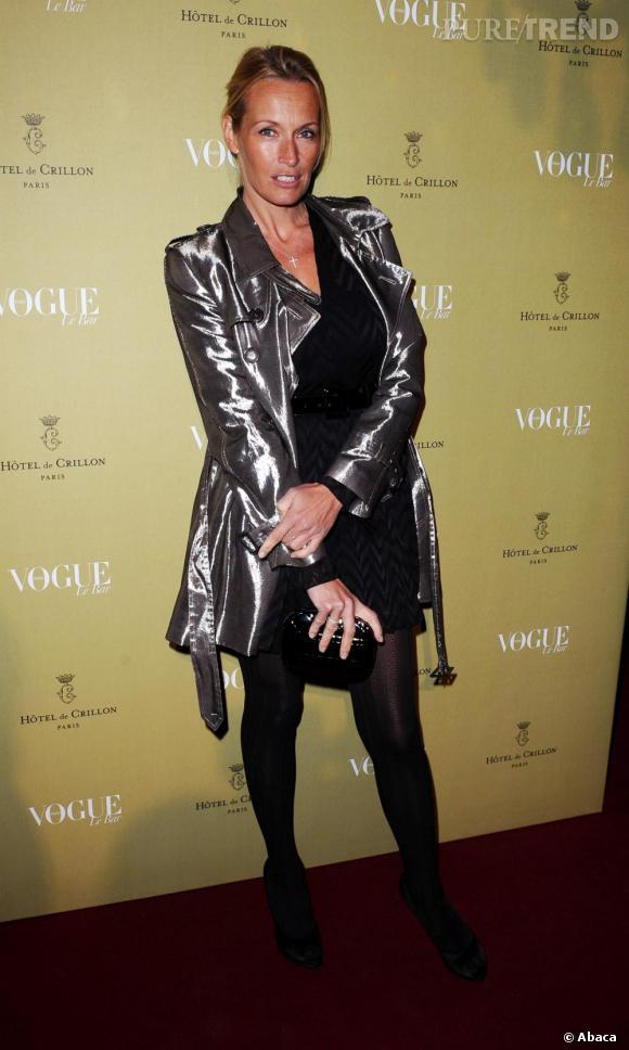 Estelle Lefebure a craqué sur le manteau lamé de la collection printemps/été de Christian Dior.