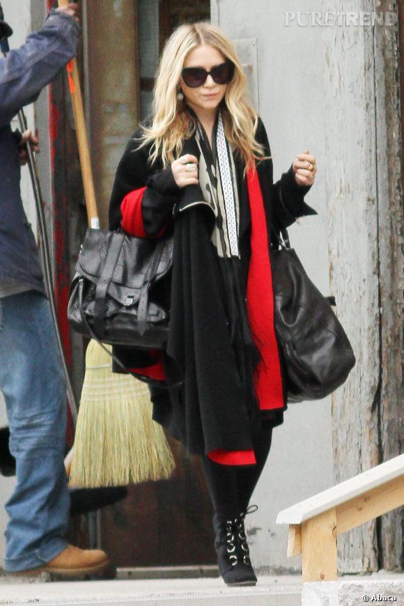 Mary Kate Olsen devant chez elle, à New York
