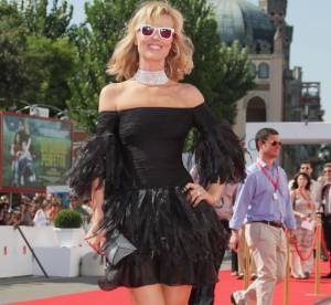 Eva Herzigova Vs Katy Perry : Ray Ban blanches, cheap ou chic ?