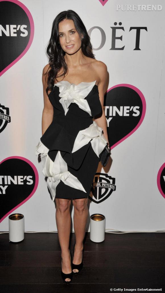 Demi fait un sans faute en robe Marchesa