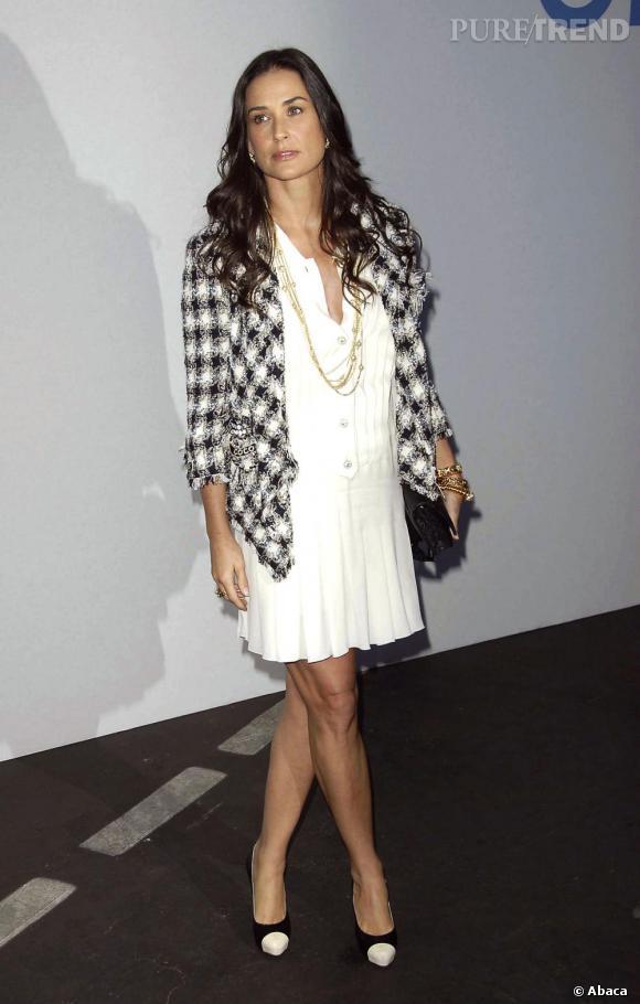 Demi Moore en total look Chanel ne peut faire qu'un sans faute