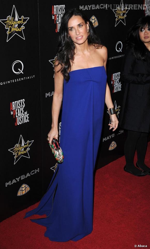 La robe longue, l'une des pièces fétiches de Demi sur le red carpet