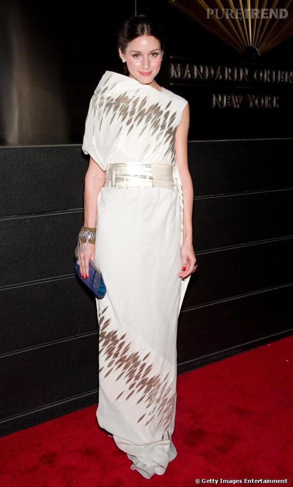 Olivia Palermo semblait disparaître sous sa robe