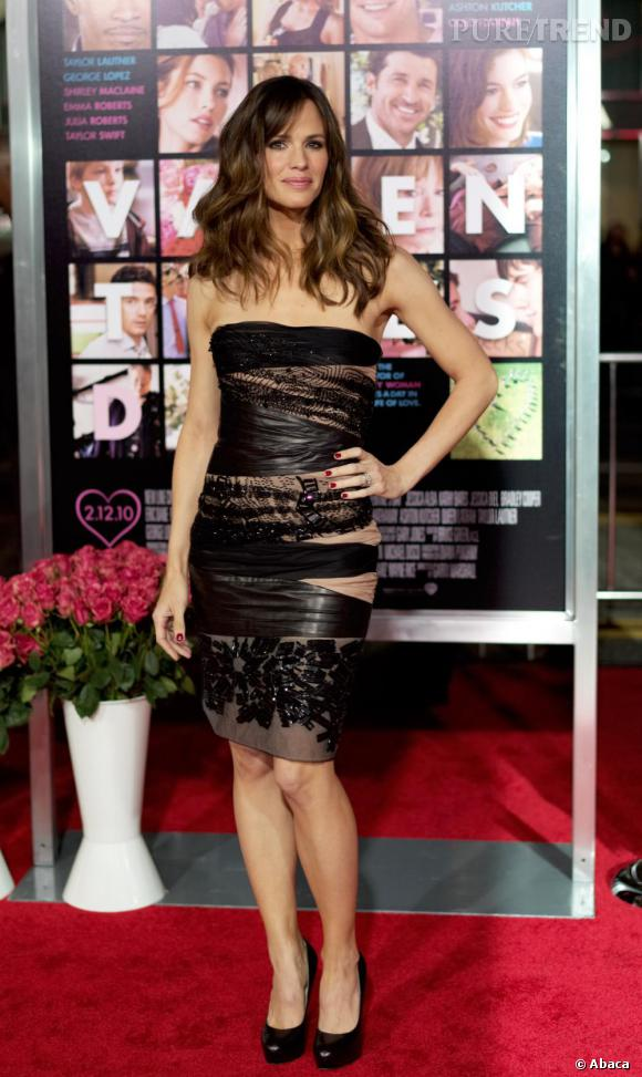 2010 : sexy et élégante, Jen rayonne.