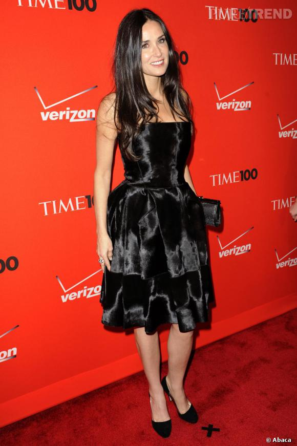 Demi Moore adopte un look de plus en plus girly : une vraie midinette.