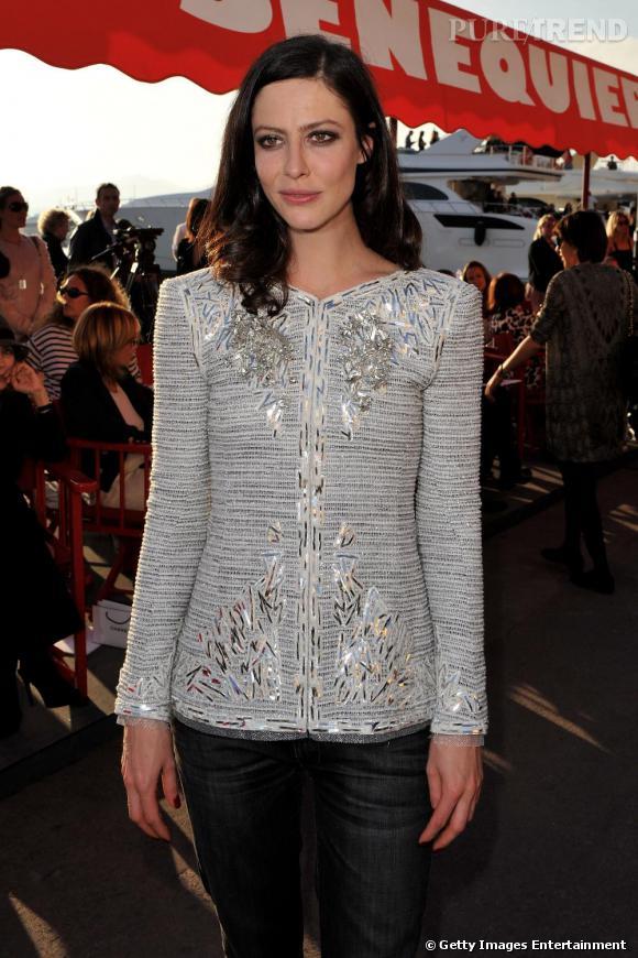Anna Mouglalis était bien sûr présente lors de la présentation de la collection croisière de Chanel.